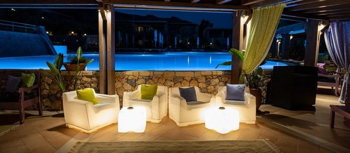 pool-bar-3652849_640