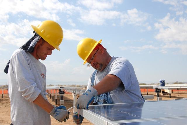 איך משיגים פאנלים סולאריים